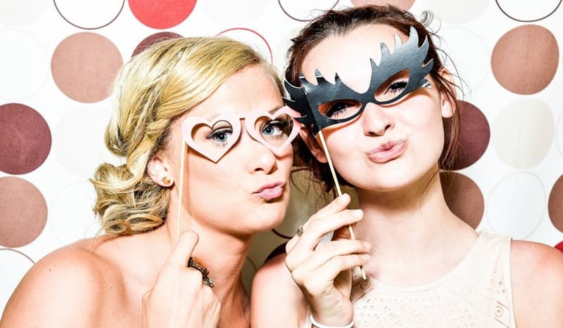 Ten Easy Beauty Tips To Be Ready For A Party