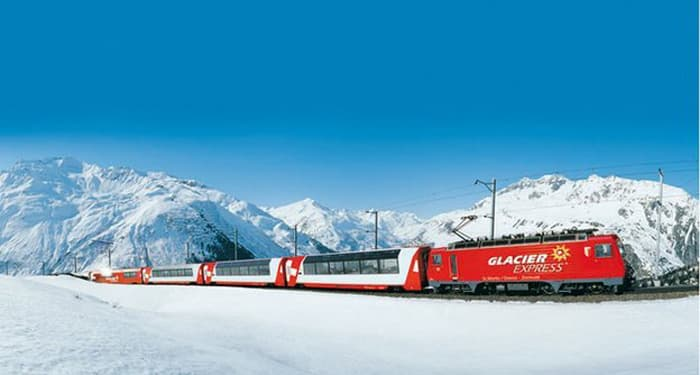 swiss ski train